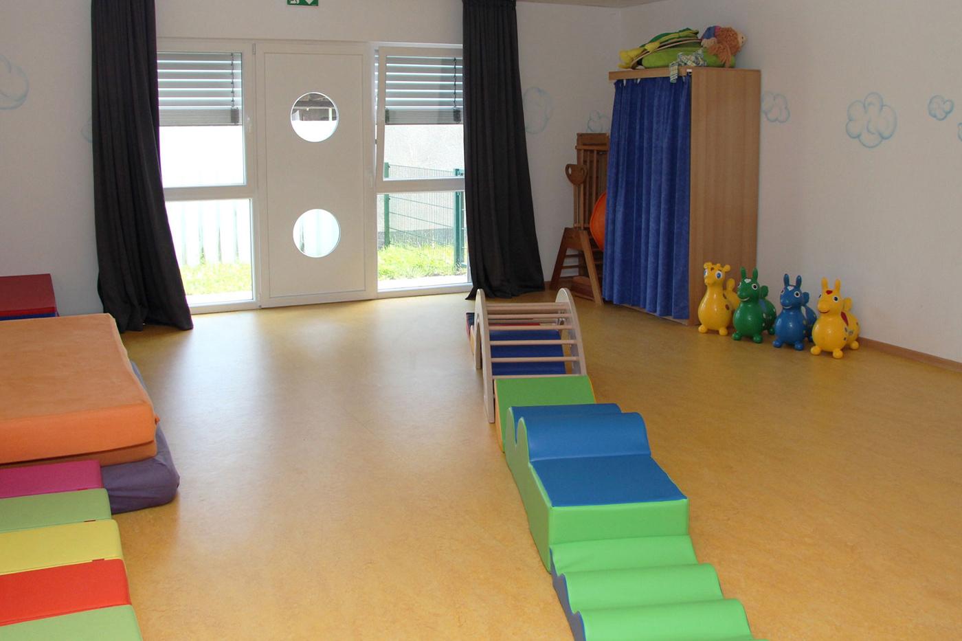Bewegungsraum Kindergarten Roedermark